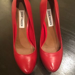 Steve Madden Red Leather Pumps sz. 7.5